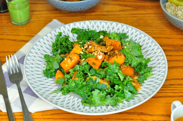 Kale & spicy pumpkin salad with coconut quinoa